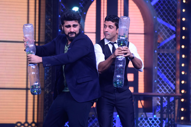 INSIDE PICS This is what happened when Farhan Akhtar and Arjun Kapoor came together for Farah Khan's show (1)