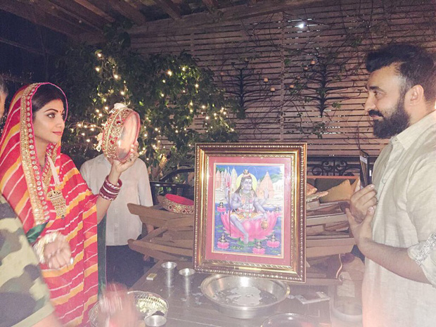 B-town-celebrities-celebrate-Karva-Chauth-and-here-are-the-pics-(60)