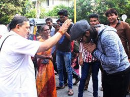 Check out Ranveer Singh seeks blessings from a pandit22