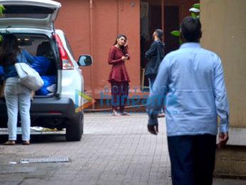 Parineeti Chopra snapped in bandra
