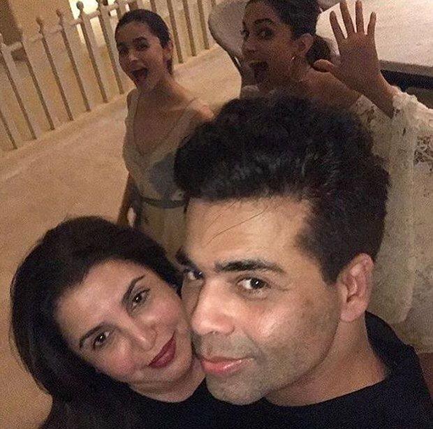 INSIDE PHOTOS Deepika Padukone, Katrina Kaif, Alia Bhatt, Karan Johar, Sidharth Malhotra and others at Shah Rukh Khan's grand birthday bash!-5