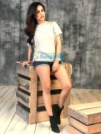 Priya Banerjee's glamorous photoshoot