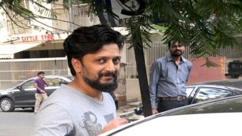 Riteish Deshmukh spotted at Starbucks in Khar-