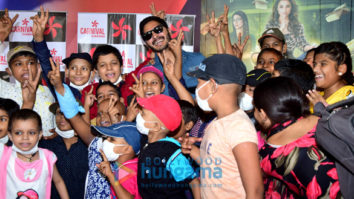 Shreyas Talpade hosts the screening of 'Golmaal Again' for the children of Tata Memorial Hospital