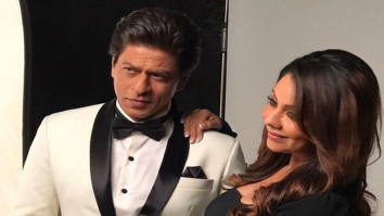 This cute picture of Shah Rukh Khan and Gauri Khan will surely give you relationship goals