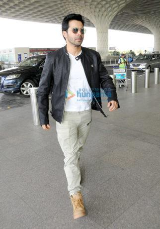 Varun Dhawan, Anu Malik and others snapped at the airport