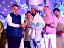 Akshay Kumar and Remo DSouza snapped attending the Versova festival
