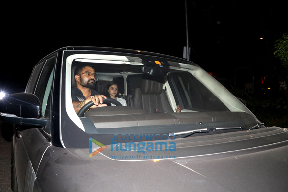 Alia Bhatt spotted at Ranbir Kapoor's house