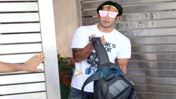Ranveer Singh spotted at Zoya Akhtar's house