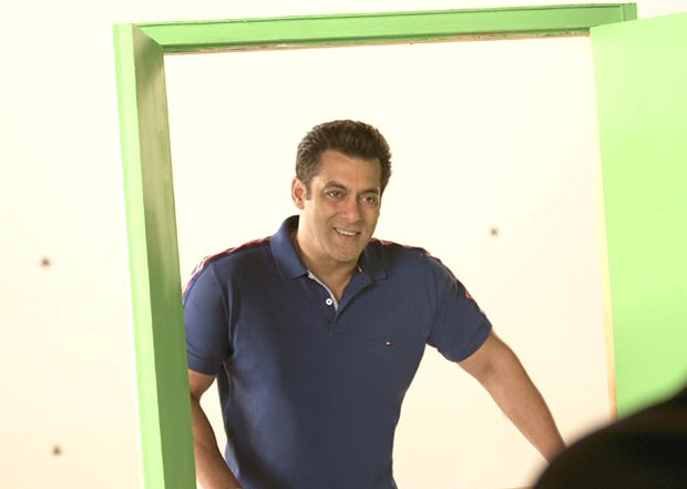ON THE SET: Salman Khan shoots for Dus Ka Dum promo