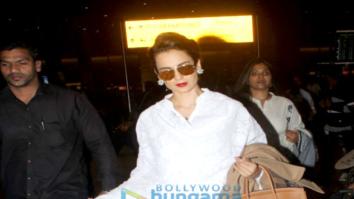 Varun Dhawan, Abhishek Bachchan, Aishwarya Rai Bachchan, Kangana Ranaut and others snapped at the airport