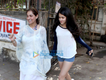 Dimple Kapadia spotted at Kromakay salon in Juhu