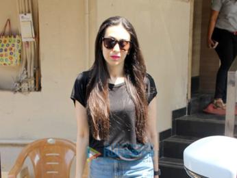 Karisma Kapoor spotted at Matrix Office in Bandra