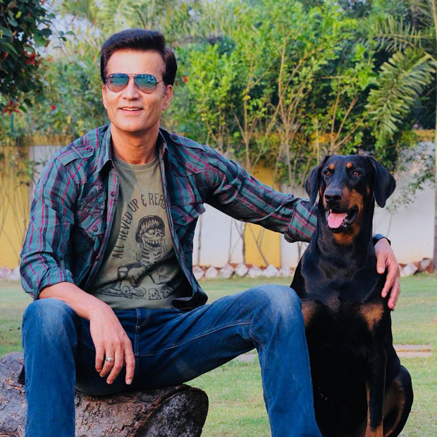 Shah Rukh Khan's Raees co-star Narendra Jha passes away