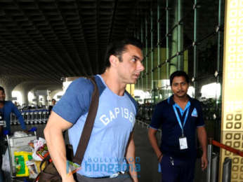 Sohail Khan and Shreyas Talpade snapped at the airport