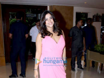 Cast of Veere Di Wedding snapped promoting their film at Sun N Sand in Juhu