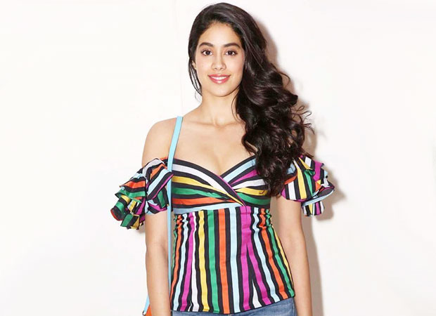 Janhvi Kapoor tries to react on Sridevi winning National Award but gets overwhelmed