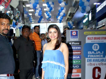 Prachi Desai snapped shopping at Irla