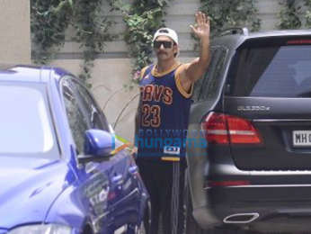 Ranveer Singh snapped sporting his new look from Simmba at the gym in Bandra