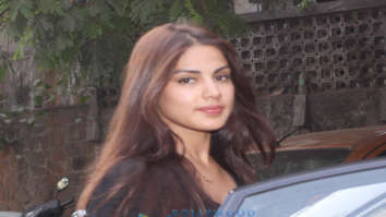 Rhea Chakraborty spotted at Hakim's Aalim salon in Bandra