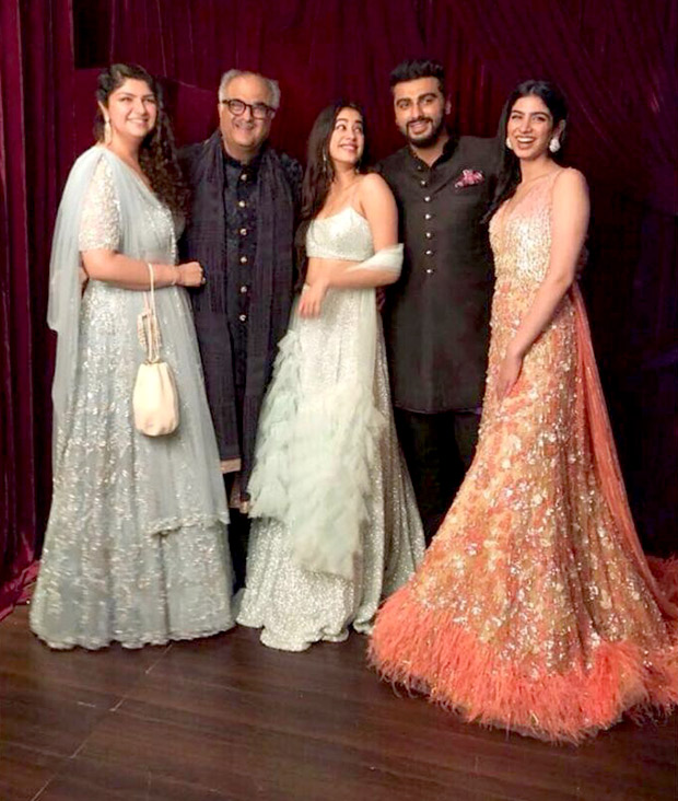 Sonam Ki Shaadi: Boney Kapoor's portrait with his kids Janhvi, Khushi, Arjun and Anshula Kapoor is HEARTBREAKINGLY beautiful