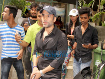 Tusshar Kapoor snapped with friends at The Kitchen Garden in Bandra