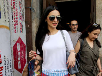 Twinkle Khanna and Anu Dewan spotted at Pali Bhavan
