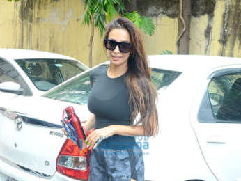 Kareena Kapoor Khan and Malaika Arora spotted at the gym in Bandra