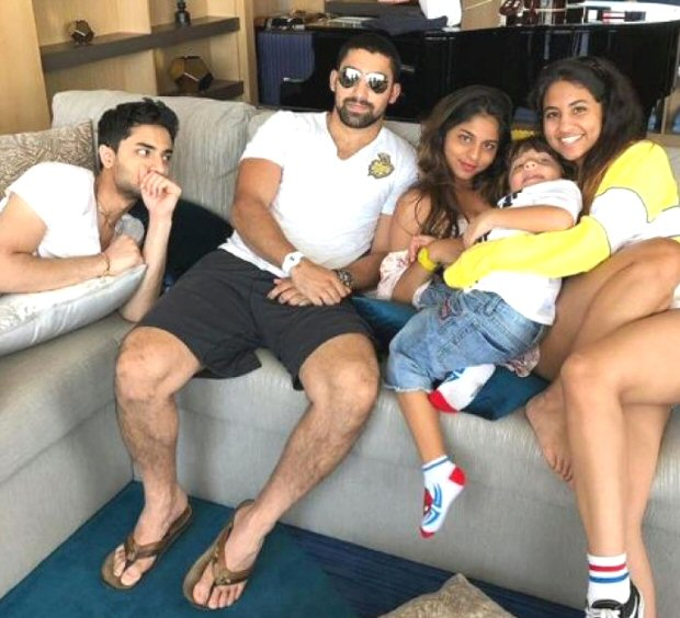 Suhana Khan and AbRam's coochie-coo moment on a private cruise gets captured by mommy Gauri (see pic)