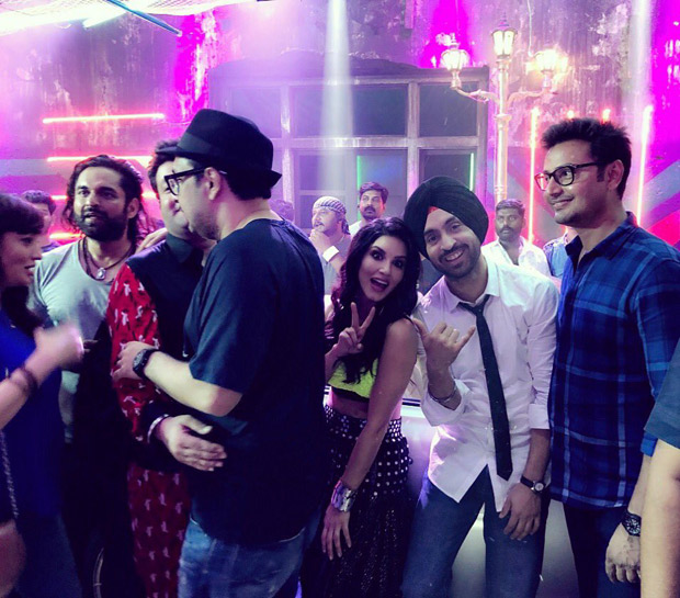 Sunny Leone, Diljit Dosanjh party hard after Arjun Patiala shoot completion