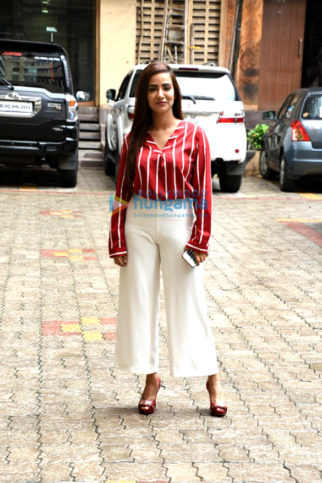 Tia Bajpai snapped promoting her upcoming web series 'Zakhmi'