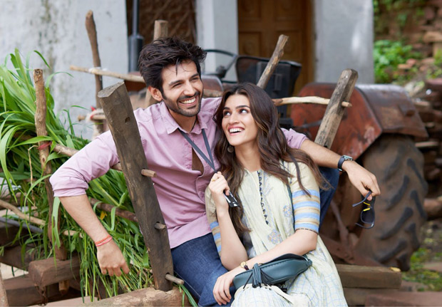 Kriti Sanon and Kartik Aaryan are all smiles as they kick start Luka Chuppi in Gwalior