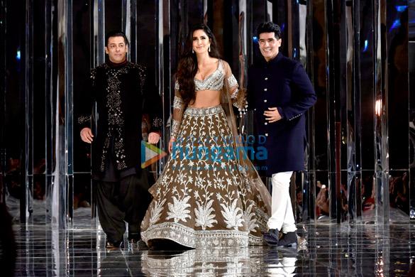 Salman Khan and Katrina Kaif walks the ramp for Manish Malhotra's fashion show (7)