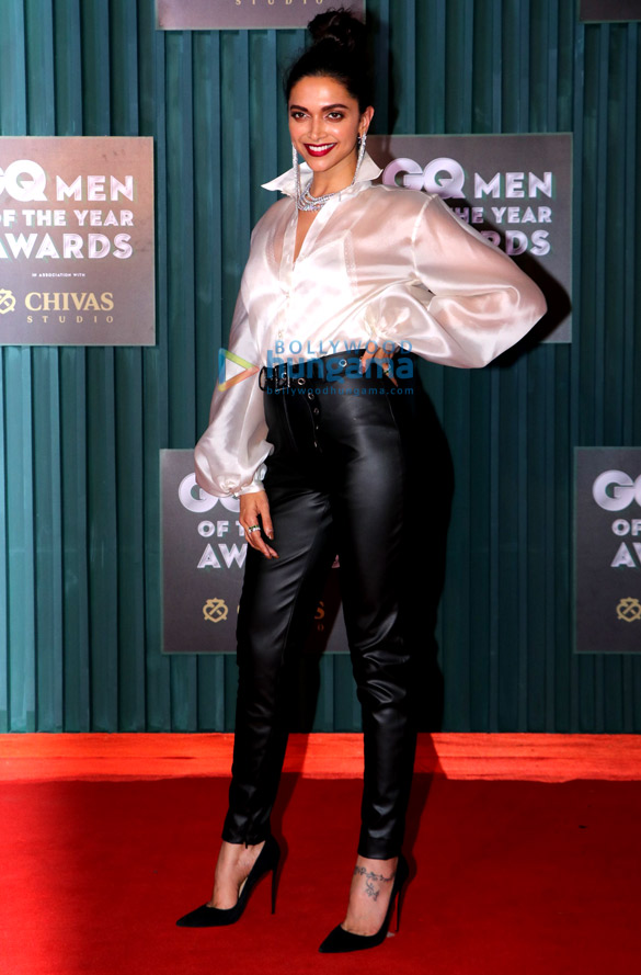 Celebs grace the GQ Men of the Year Awards 20181 (17)