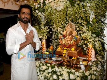 Sonu Sood Welcome Lord Ganesha With Aarti & Puja