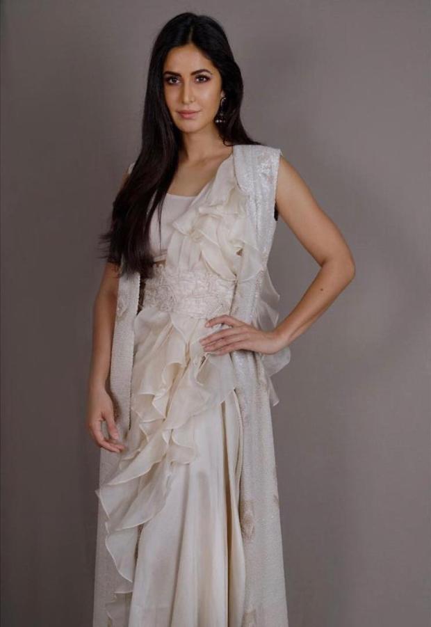 Katrina Kaif in Anamika Khanna for Thugs Of Hindostan trailer launch (4)