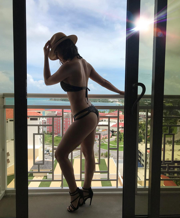 Sizzling HOT Lauren Gottlieb turns on the oomph factor with her sexy bikini pics