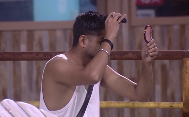 Bigg Boss 12: Step-by-step transformation of Deepak Kumar going BALD to save Urvashi Vani (see pics)