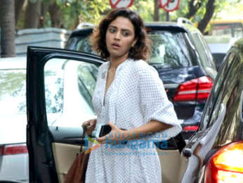 Swara Bhaskar spotted at Amrapali store in Juhu