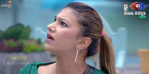 Bigg Boss 12 Srishty Rode calls Jasleen Matharu UNHYGIENIC, wins make up challenge; Sreesanth to fall apart with Dipika and Karanvir Bohra