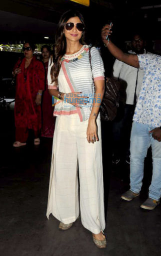 Shilpa Shetty, Ileana D'Cruz, Daisy Shah and others snapped at the airport