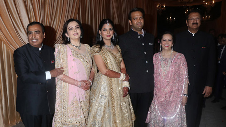 Isha Ambani's Grand Wedding Reception At Jio Garden With