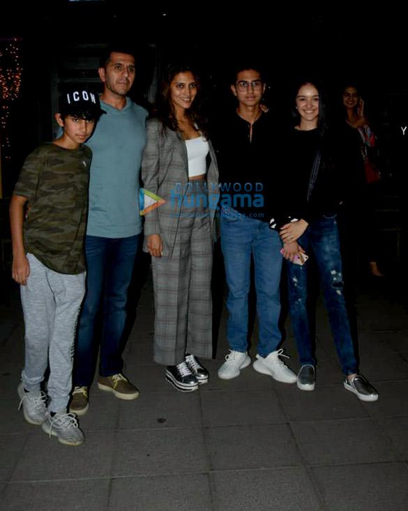 Malaika Arora, Arjun Kapoor and Ritesh Sidhwani snapped at Yauatcha in BKC (3)