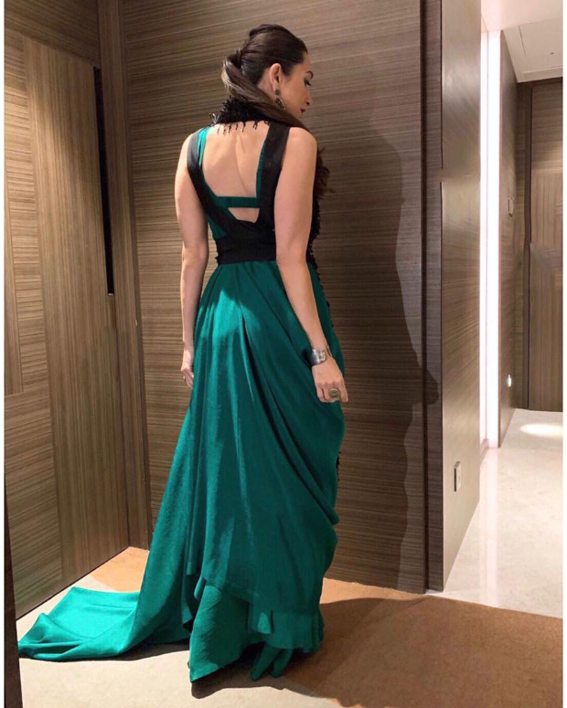 Karisma Kapoor in Anamika Khanna for a brand endorsement event (3)