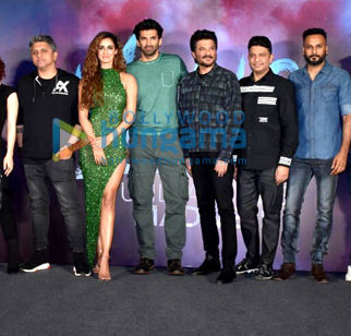 Photos: Celebs grace the trailer launch of Malang