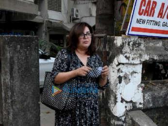 Photos: Farah Khan spotted at Kromakay salon in Juhu