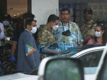 Photos: Akshay Kumar snapped at Kalina Airport